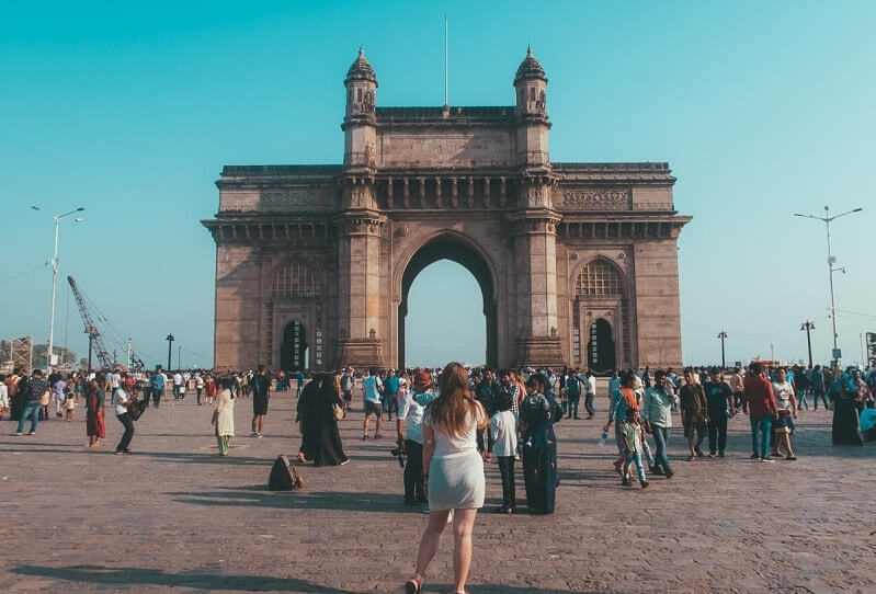 INDIA TRAVEL GUIDE FOR BACKPACKERS